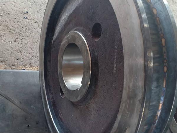 矿山机械行轮